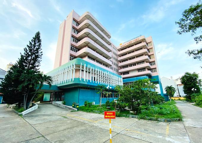 Cơ sở cách ly nhân viên hàng không của Vietnam Airlines tại phường Hồng Hà, quận Tân Bình, TP HCM đã dừng hoạt động. Ảnh: VNA.