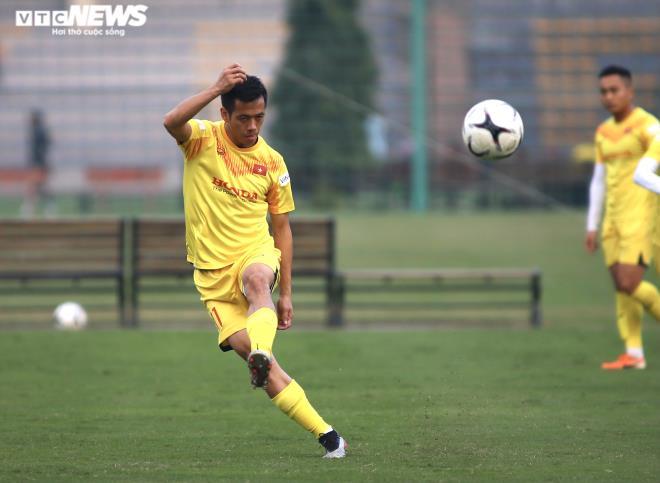 Lo đối thủ bắt bài, HLV Park Hang Seo ra yêu cầu đặc biệt  - 1