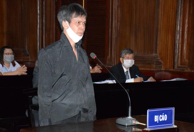 Bị cáo Phạm Chí Dũng tại tòa hôm nay. Ảnh: Trung tâm báo chí TP HCM.