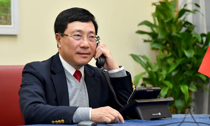 Phó Thủ tướng, Bộ trưởng Ngoại giao Phạm Bình Minh điện đàm với Cố vấn An ninh quốc gia Mỹ Robert OBrien  từ Hà Nội ngày 15/1. Ảnh: BNG.
