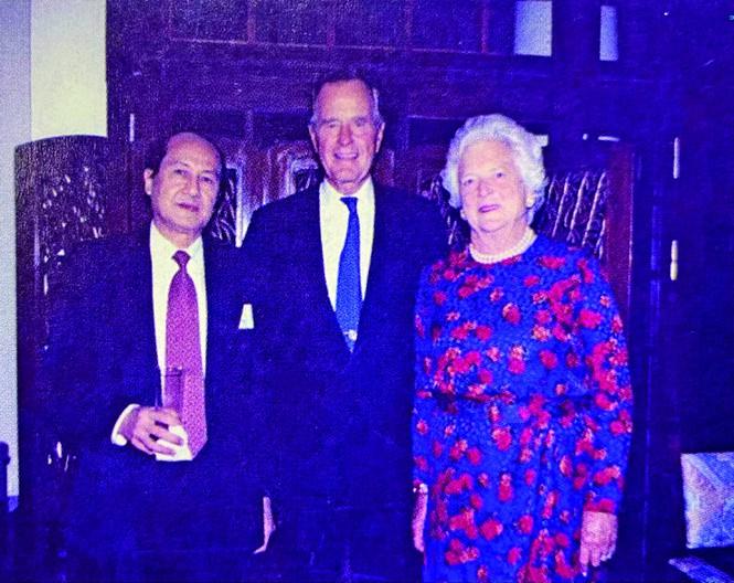 Người đi lối 'tiểu ngạch' góp phần khai thông quan hệ Việt - Mỹ - ảnh 5