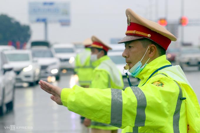 Cục CSGT: Cảnh sát sẽ xử phạt không cần giấy tờ, tước bằng lái trên mạng - 4