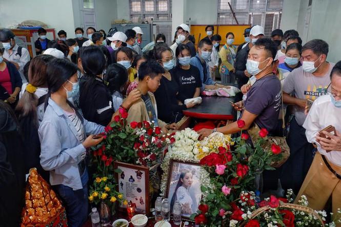 Chính quyền Myanmar khai quật mộ người biểu tình, hé lộ kết luận gây sốc - ảnh 2