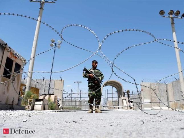 Mỹ gấp gáp rút khỏi Afghanistan, al-Qaeda hả hê ảnh 1