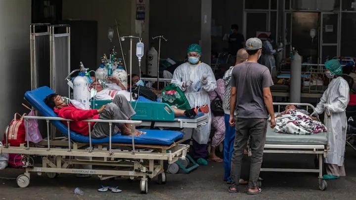 'Indonesia không còn là điểm nóng nữa, mà là điểm cháy của dịch COVID-19' - 1