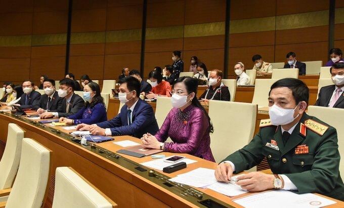 Các đại biểu tham dự kỳ họp thứ nhất, Quốc hội khóa XV. Ảnh: Giang Huy.