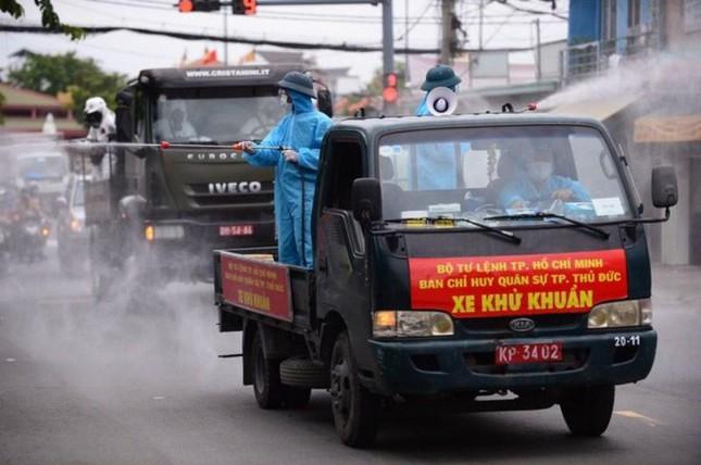 Bí thư TPHCM Nguyễn Văn Nên: Mong nhân dân lượng thứ ảnh 2
