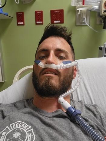 Donald McAvoy trong thời gian điều trị tại Trung tâm Y tế Baptist Beaches. Ảnh: NYTimes.