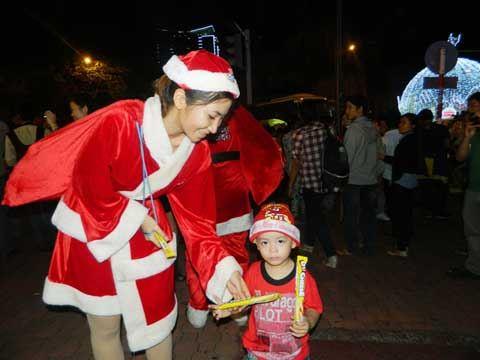 Sài Gòn đêm Noel