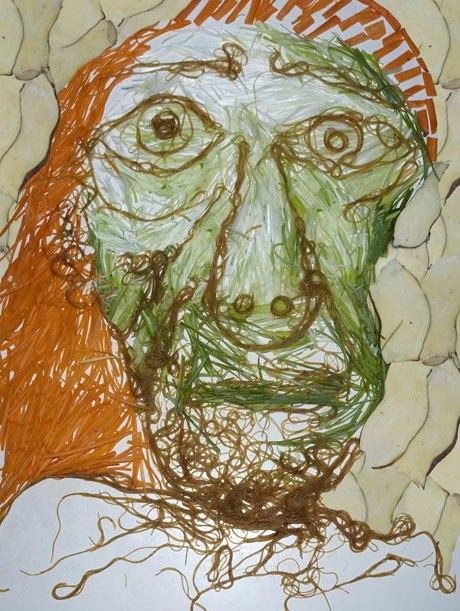 Picasso từ hành lá, mì sợi...