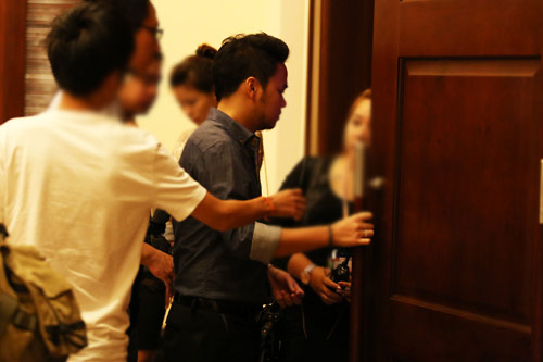 Đại gia đưa đón Trang Nhung bằng xe tiền tỷ - 4