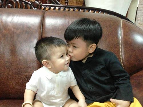 Quỳnh Chi tổ chức thôi nôi cho con trai - 4