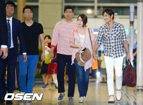 Bắt gặp vợ chồng Lee Byung Hun đi trăng mật - 2
