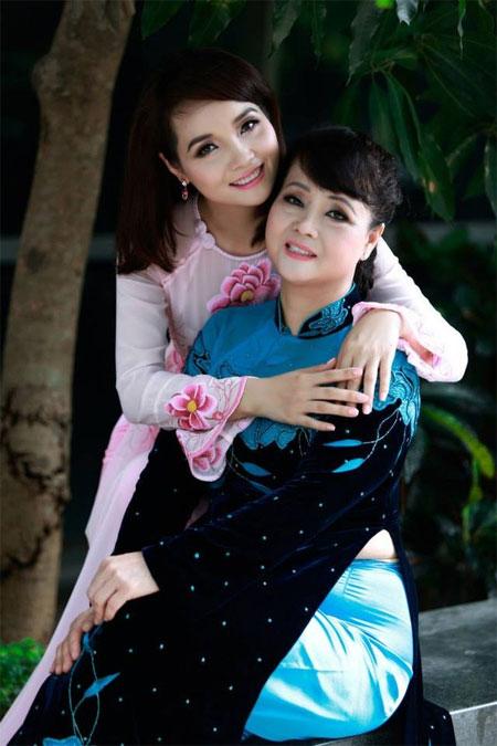Những mỹ nhân Việt thừa hưởng nhan sắc từ mẹ | Showbiz việt,Mỹ nhân việt,Trương Ngọc Ánh,Linh Nga,Mai Thu Huyền