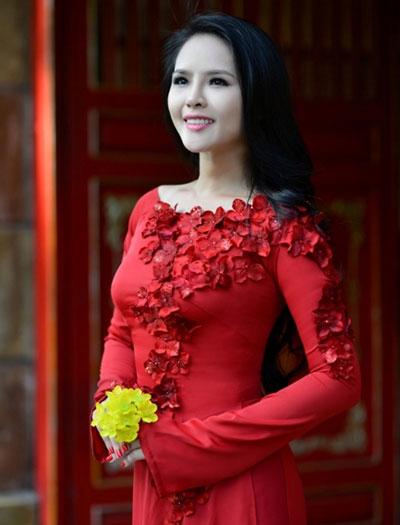 Lại Hương Thảo chính thức được Cục Nghệ thuật Biểu diễn cấp phép dự thi Hoa hậu Thế giới 2013