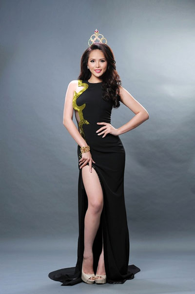 Trước khi dự thi Hoa hậu Thế giới 2013, Lại Hương Thảo từng dự thi Hoa hậu siêu quốc gia tại Ba Lan