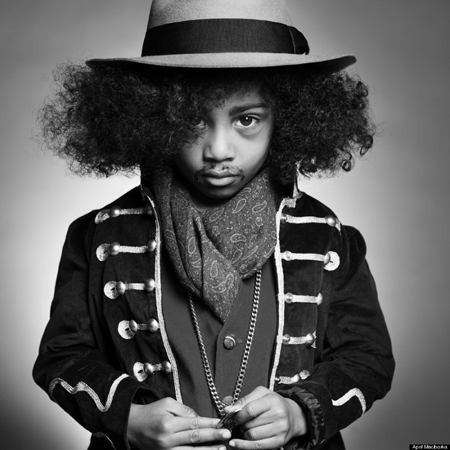 Nhạc công Ghi-ta người Mỹ gốc Phi Jimi Hendrix. Người mẫu: Mateo H
