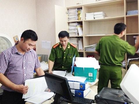Cơ quan điều tra tiến hành khám xét trụ sở của Công ty Khải Thái