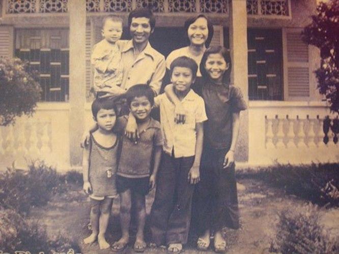 Gánh hát gia đình Hồng Ngọc thuở xưa