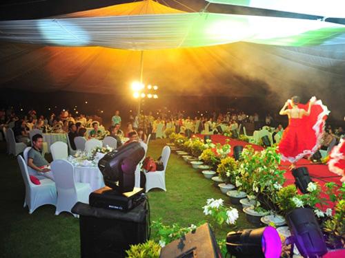 Những bữa tiệc sinh nhật xa xỉ của sao Việt