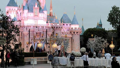 Kỷ niệm ngày cưới đẹp như cổ tích của Mariah Carey