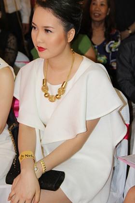Những mỹ nữ Việt bỗng dưng