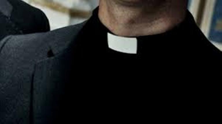 linh mục