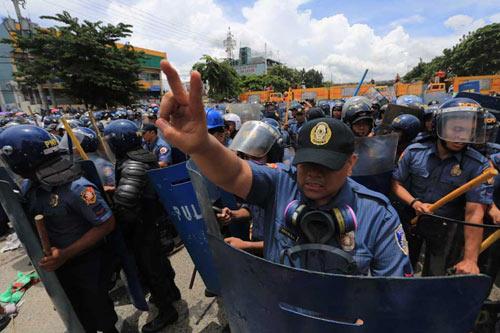 cảnh sát, bạo động, biểu tình