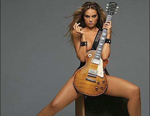 Siêu mẫu Playboy lừa tình