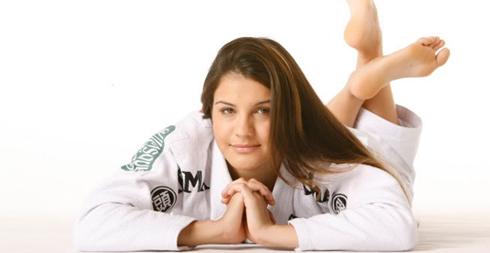 Đường cong nóng bỏng của võ sĩ Brazil