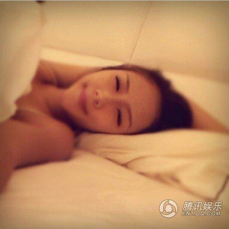 Thí sinh Hoa hậu Hong Kong lộ tiếp ảnh nóng