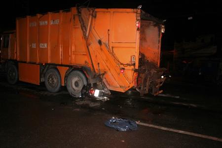 tai nạn, xe rác