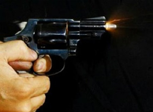 nổ súng