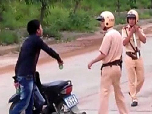 Cảnh sát được nổ súng trấn áp người chống đối