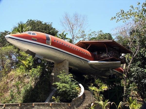 Ảo giác tranh vẽ 3D, biến máy bay thành khách sạn 6