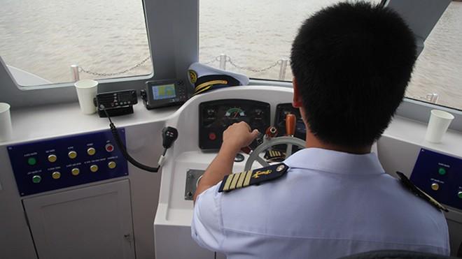 Cùng ngày, một chiếc tàu của Greenline DP đã chở khoảng 20 khách chạy thử thành công trên sông Sài Gòn. Hầu hết các hành khách đều có chung một cảm nhận là tàu chạy êm, không bị ồn và không bị sốc khi tàu thắng gấp. Ngoài ra, khi tàu chạy trên sông không tạo thành sóng gây ảnh hưởng đến những tàu bè nhỏ xung quanh.