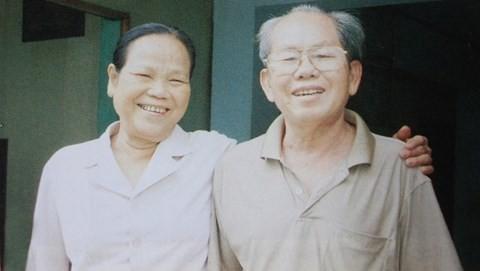 Vợ chồng bà Nguyễn Thị Mai và ông Mười Kiều.