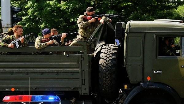 Chuyên gia Nga cảnh báo quân đội chính phủ Ukraina có thể sa lầy vào một xung đột kéo dài. Ảnh: Reuters