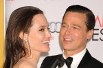 Angelina Jolie - Brad Pitt hóa giải 'cuộc chiến ly hôn' vì con