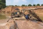 Việt Nam cạn kiệt cát vẫn xuất khẩu: Vì sao thiếu cát?