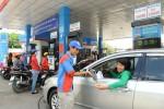 Tăng thuế BVMT xăng dầu lên 8.000 đồng: Gánh nặng đổ lên vai người dân