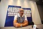 HLV U20 Pháp nói không biết gì về ông Hoàng Anh Tuấn