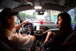 """Từ """"đại chiến' taxi: Sẽ khống chế lượng xe Uber, Grab"""