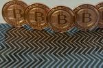 Bitcoin mất 12 tỉ USD giá trị trong một tháng