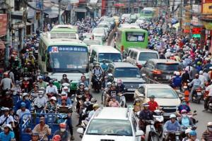 TP.HCM và giải pháp xe buýt mini