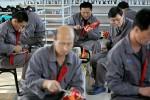 """Nhà máy Triều Tiên bận rộn sản xuất quần áo """"Made in China"""""""