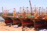 Quá mệt mỏi vì tàu 67 nằm bờ, ngư dân muốn gặp Thủ tướng để kêu cứu