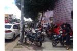 Gần 10 ôtô bị đập phá trên đường phố Sài Gòn