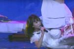 """""""Cô bé triệu view' Bảo An gặp sự cố trên sân khấu 'I can do that kids'"""
