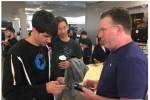 iFixit cử người sang Úc mổ iPhone 8 ngay tại trận